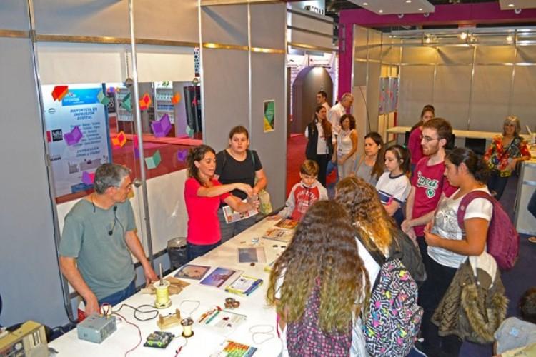 Mostrarán experimentos del Balseiro en la Feria del Libro
