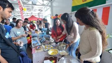 Estudiantes de intercambio compartirán su arte y gastronomía