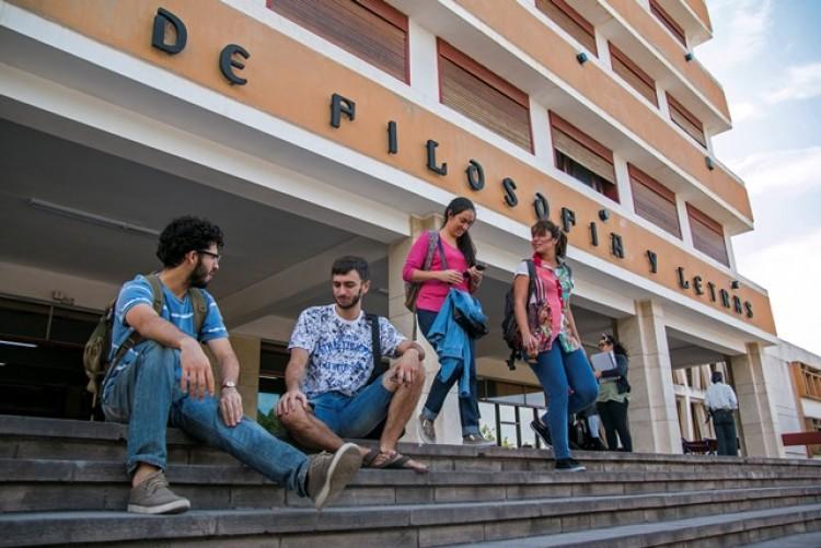 Dictarán curso de Inglés para el personal de la Universidad