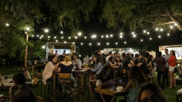 Egresados de la Universidad vivieron una noche de reencuentros y camaradería