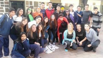 Chicos del Martín Zapata crean cooperativas escolares