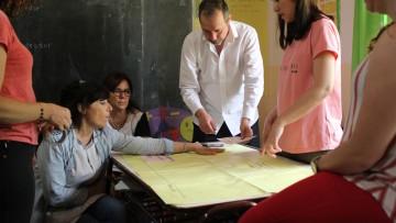 Trabajan proyecto de huerta agroecológica en una escuela rural