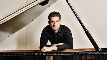 Músico italiano tocará obras del repertorio pianístico universal