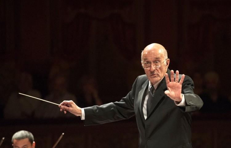 Guillermo Scarabino dirigirá la Sinfónica