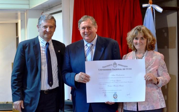 Honoris Causa para Carbonneau por sus aportes a la vitivinicultura en Argentina