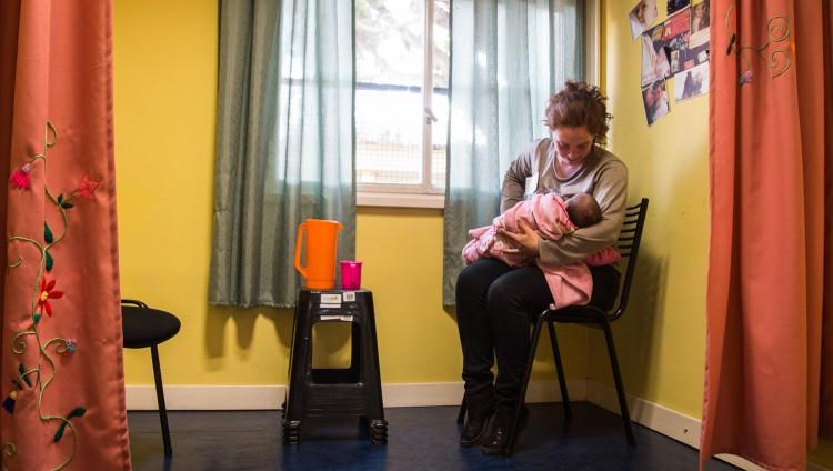 imagen que ilustra noticia Cuidado infantil y condiciones laborales: una investigación refleja que son fuentes cruciales de la desigualdad económica de género