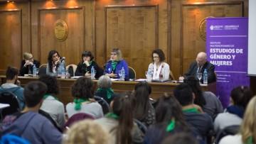 Trataron en un panel la despenalización del aborto