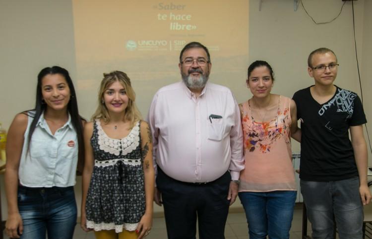 Estudiante del ITU se irá de intercambio a Corea del Sur