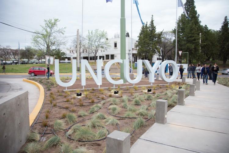 Mejoraron el ingreso al Campus Universitario