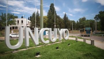 2020: la UNCUYO finaliza un año difícil pero con los objetivos académicos cumplidos