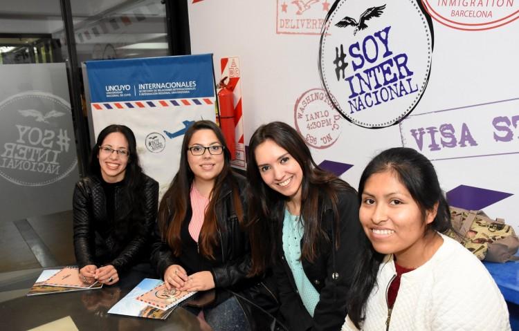 Cuatro estudiantes becadas viajarán a Estados Unidos