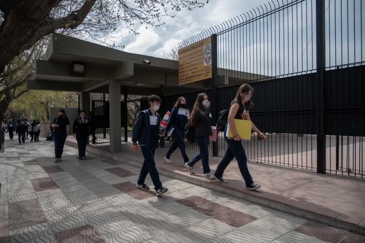 Sobre el ingreso a las escuelas de la UNCUYO