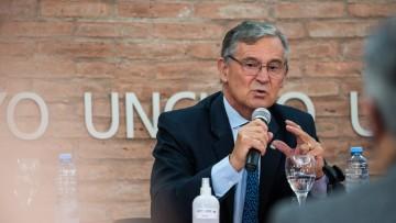 Comunicado oficial sobre salud del Rector Pizzi
