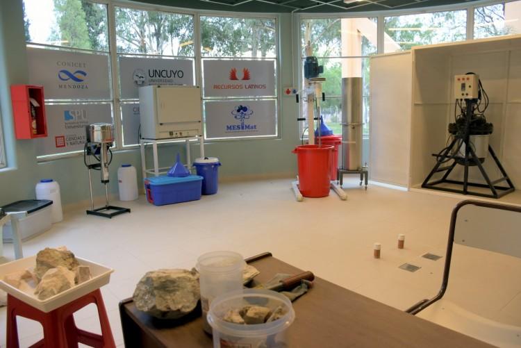Así funciona el primer laboratorio de procesamiento de litio del país