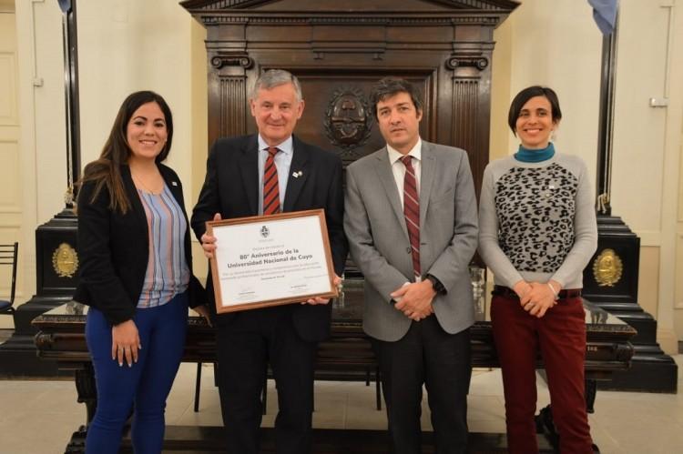 Diputados reconoció a la UNCUYO por su 80° aniversario