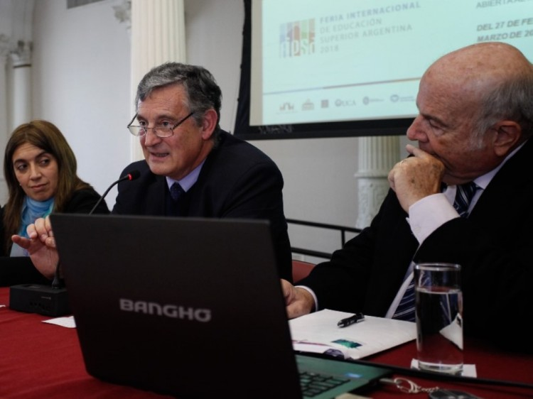 Rector Pizzi presentó Feria Internacional de Educación Superior en Buenos Aires