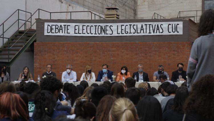 imagen que ilustra noticia Estudiantes del CUC realizaron un debate con los candidatos mendocinos al Congreso Nacional