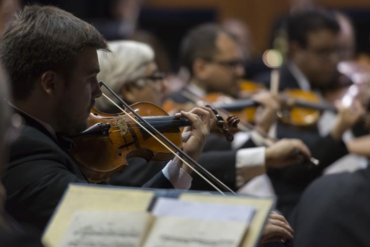 La Sinfónica y artistas locales interpretarán la obra de Félix Dardo Palorma