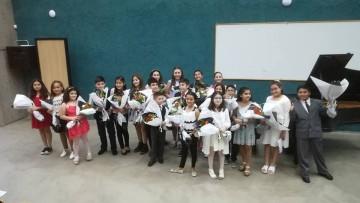 Niños pianistas darán un concierto de fin de año