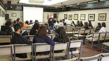 Emprende U en las escuelas: 150 alumnos avanzan en el desarrollo de ideas innovadoras y sostenibles