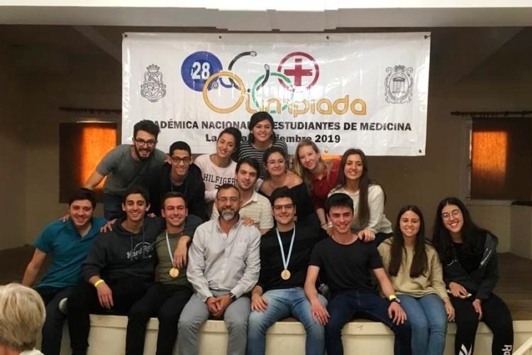 Equipo de la UNCUYO subió al podio de las Olimpíadas de Medicina
