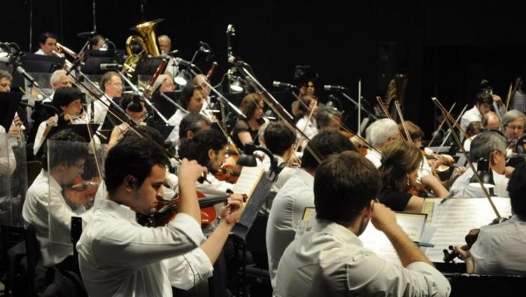 La música de Antonin Dvorak en un concierto de la Sinfónica