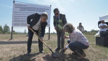 Empiezan a construir el Parque Tecnológico de la Madera en la UNCuyo