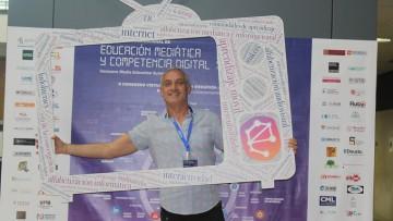 Profesor del CUC expuso proyecto educativo en España