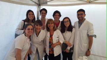 Estudiantes fueron voluntarios en campaña contra el cáncer de piel