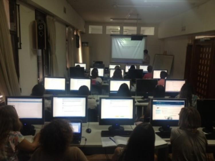Enseñan a mejorar el uso de tecnologías en tres cursos virtuales
