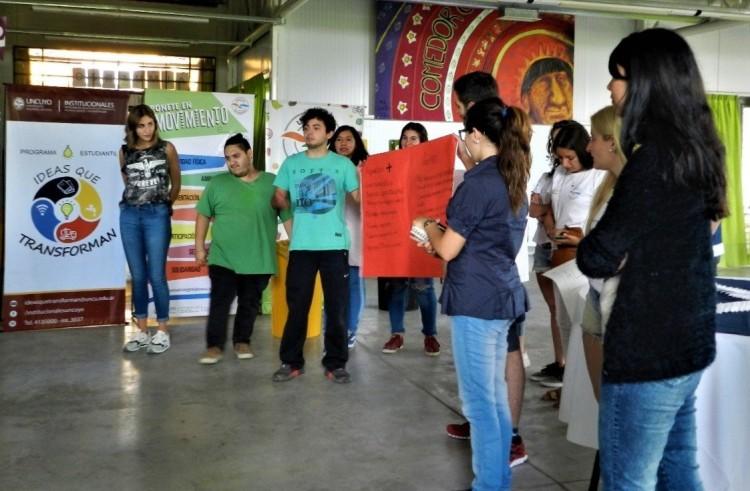Voluntarios en programas de la UNCuyo compartieron sus experiencias