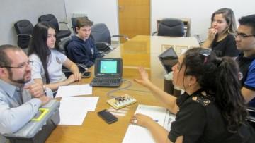 Estudiantes trabajan en prototipos para facilitar el aprendizaje de ciegos