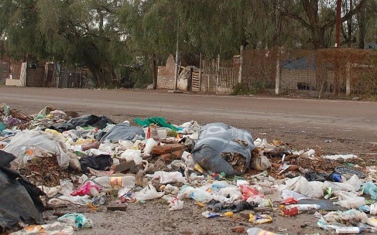 Expertos franceses enseñan cómo gestionar residuos sólidos urbanos y patogénicos