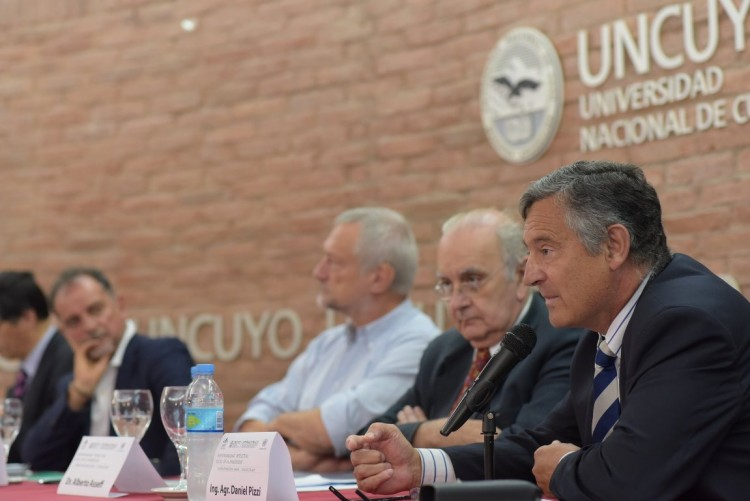 Cambio climático y desarrollo sostenible analizan en encuentro internacional