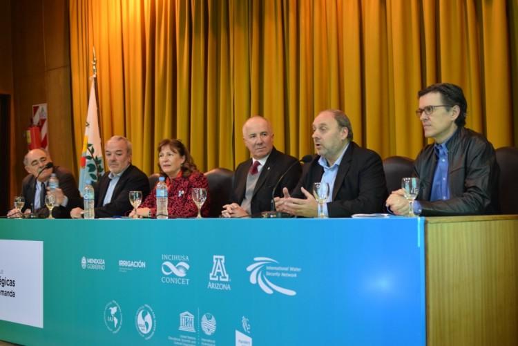 Analizaron el presente y futuro del agua en la región y el mundo