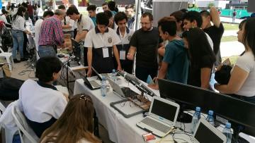 Estudiantes del Zapata presentaron sus trabajos en programación y robótica