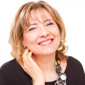 Especialista en Lengua de Señas recibirá el Doctorado Honoris Causa