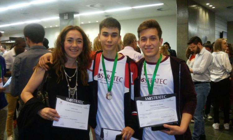Estudiantes de la UNCuyo se subieron al podio en feria de ciencia latinoamericana