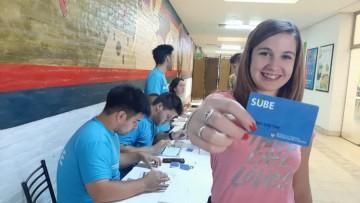 SUBE: convocan a estudiantes para trabajar en los centros de información