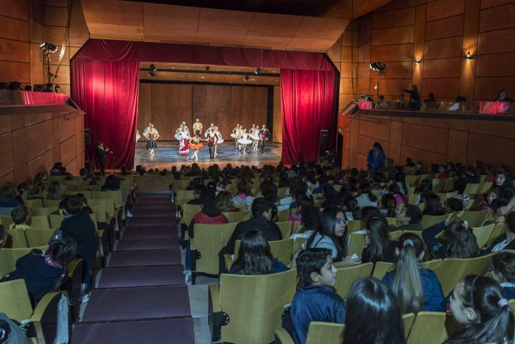 La Nave Universitaria acerca la cultura a instituciones sociales y educativas