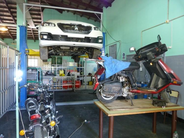 Nuevo taller de mecánica automotriz en la UNCuyo