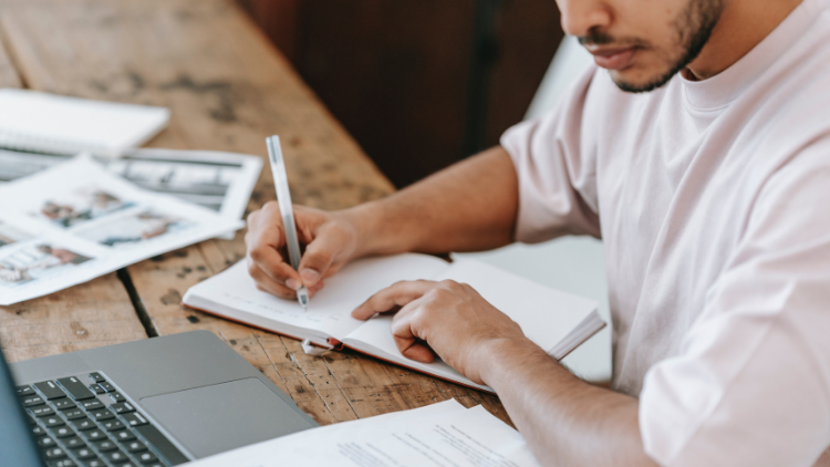 Movilidad de posgrado para hacer online en universidad sudamericana