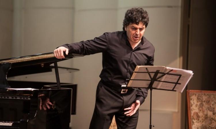 El tenor Ricardo Mirabelli dictará una clase magistral