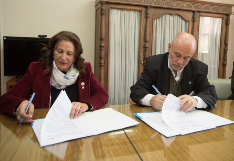 Universidad y DGE acordaron capacitar a docentes en Economía Social