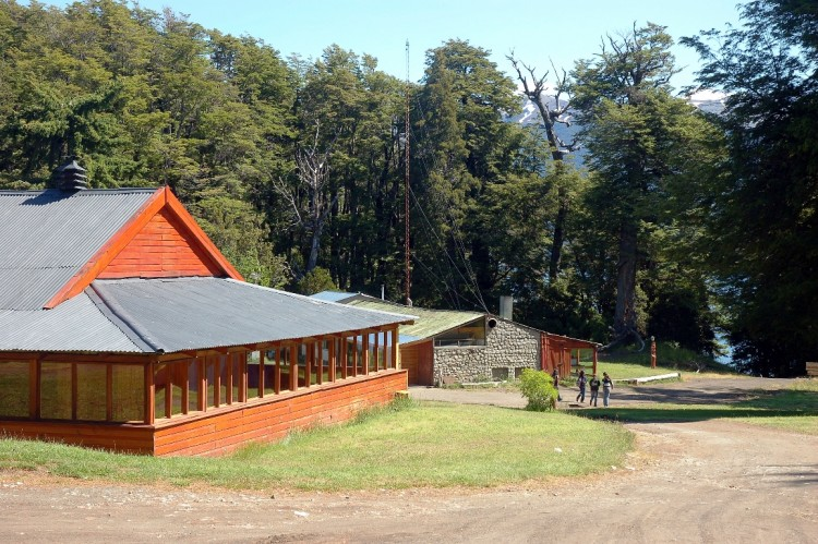 Proponen dos alternativas para visitar este verano Villa La Angostura