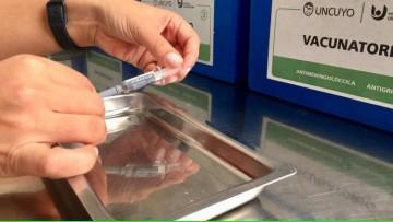 Una vez más, el Hospital Universitario adhiere a la vacunación antigripal
