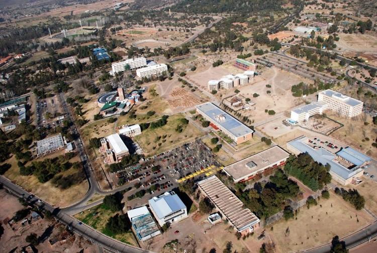 Realizan corte de agua potable en el campus de la UNCuyo