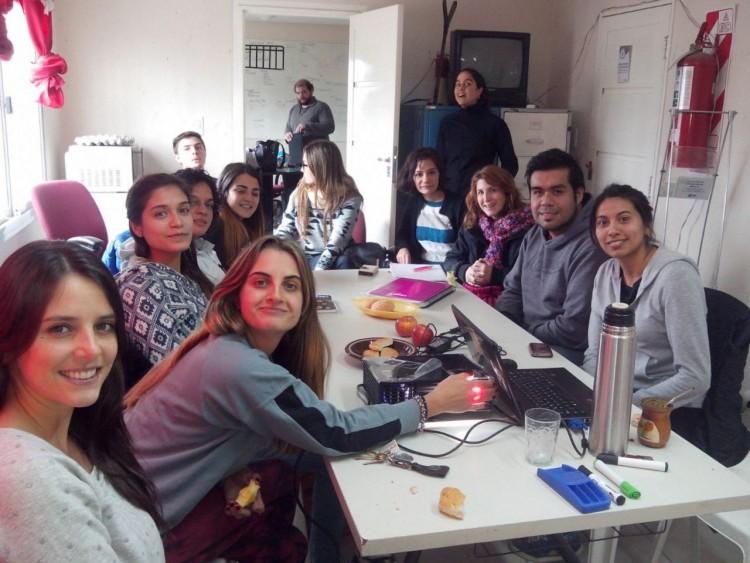Universitarios ayudan a fortalecer el rol del recuperador urbano