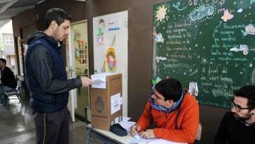 Primarias y Generales: estudiantes y personas graduadas de la UNCUYO podrán postularse para ser autoridades de mesas
