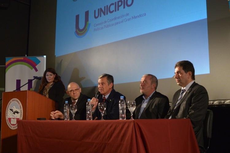 Debatieron sobre el desarrollo y urbanismo integral del área Metropolitana de Mendoza
